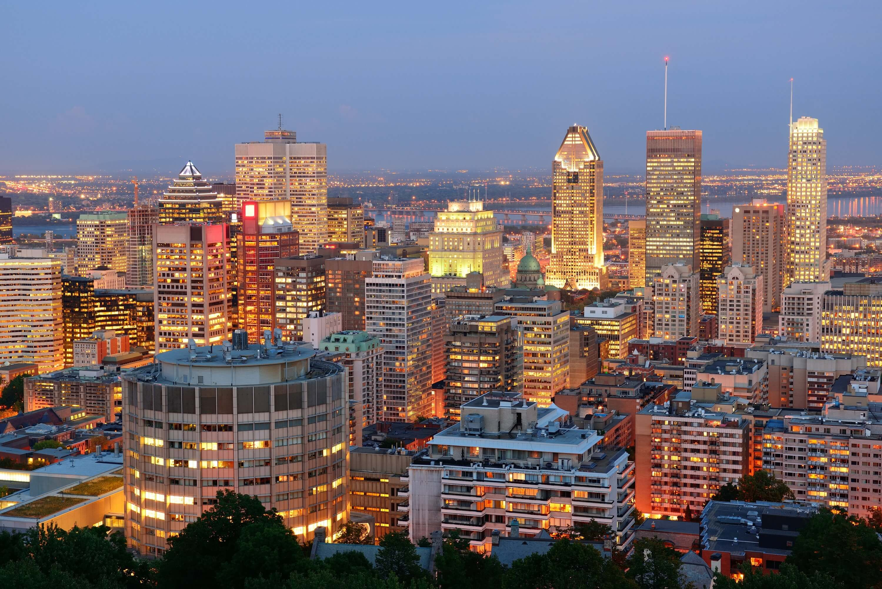 photodune-5266085-montreal-at-dusk-l (1)