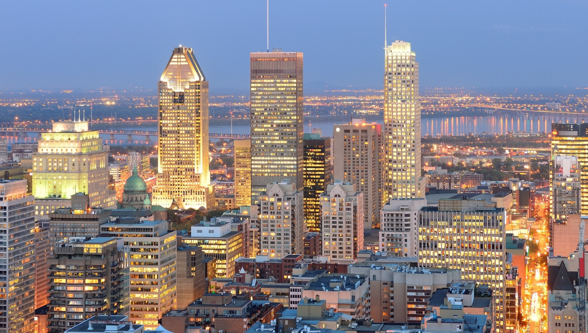 photodune-6165880-montreal-at-dusk-l.jpg